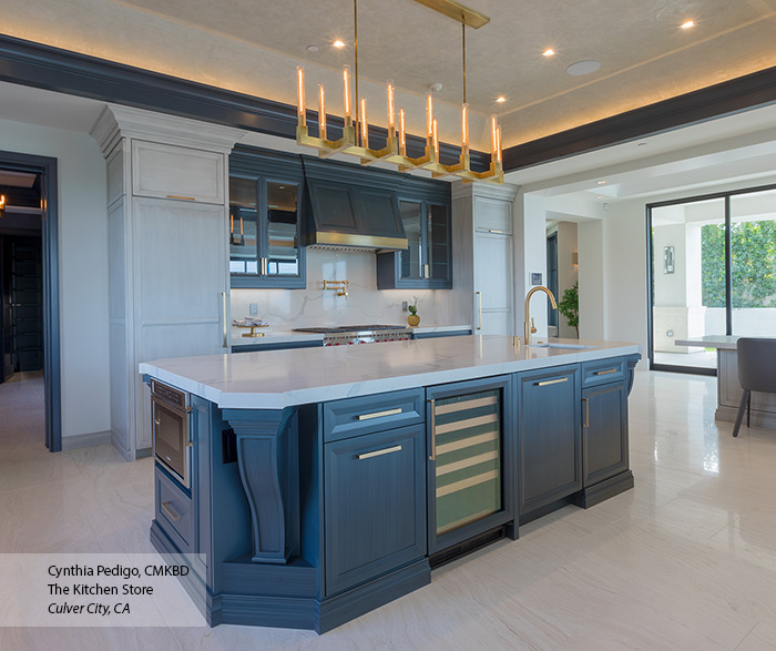 transitional_painted_maple_kitchen_cabinets